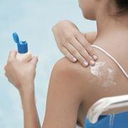 Proteggere la pelle dal sole è fondamentale